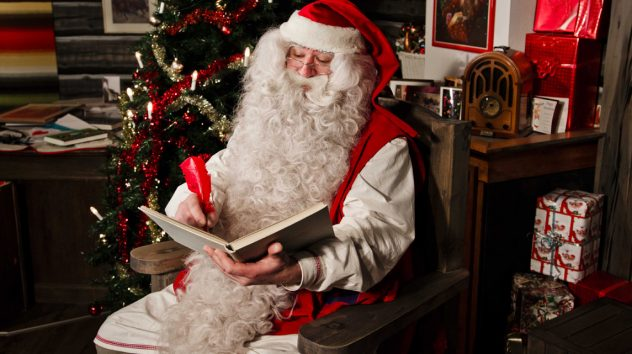Santa-Claus-in-his-house