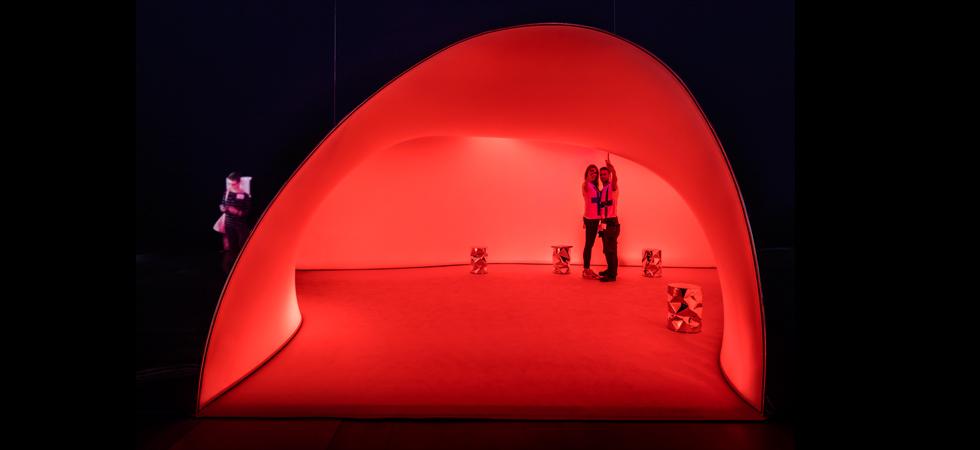Installazione Avanto Architects per Showroom