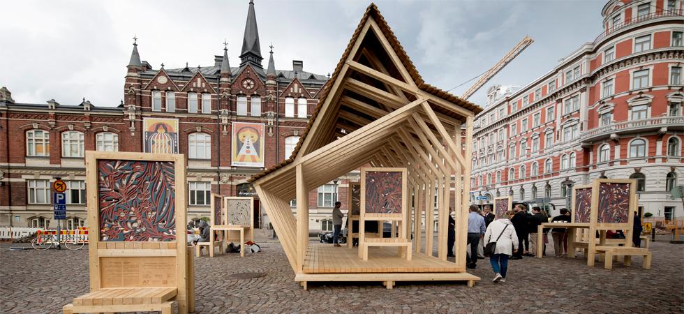 A Helsinki un padiglione in legno finlandese per bere un tè inglese